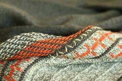 parte de lãs feitas malha, ornamento da cor Fotos de Stock