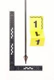 Parte de la flecha con el punto de la hoja de afeitar cubierto con sangre Fotografía de archivo