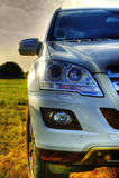 Parte de Mercedes ML, SUV novo, faróis Fotos de Stock Royalty Free