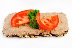 Pão escuro com pasta de fígado Imagens de Stock