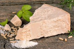 Parte de queijo parmesão Foto de Stock