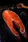 Parte de salmões crus frescos Fotos de Stock Royalty Free