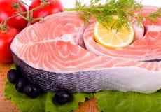 Parte de um salmão com limão Fotos de Stock