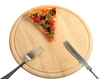 Parte de uma pizza e de um plugue apetitosos, faca Fotos de Stock Royalty Free