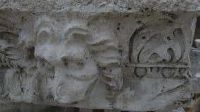 Parte del detalle de mármol del friso a partir del período de Grecia antigua metrajes
