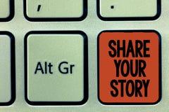 Parte del texto de la escritura de la palabra su historia El concepto del negocio para preguntar a alguien a alrededor sí mismo e foto de archivo