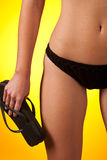 Parte dell'ente femminile che porta bikini nero immagini stock libere da diritti