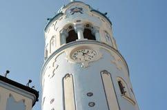 Parte della torre di churche blu nel centro di Bratislava Slovacchia Fotografie Stock Libere da Diritti