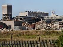 Parte dello stabilimento chimico che è demolita Fotografia Stock Libera da Diritti