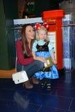 Parte di Disney Store il lancio di campagna della carità dei bambini magici a Londra Immagini Stock