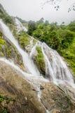 Parte di Pitugro WaterfallPetro Lo Unione Sovietica o della cascata del cuore, il più alta cascata in Tailandia, situata nel sant Fotografia Stock Libera da Diritti