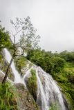 Parte di Pitugro WaterfallPetro Lo Unione Sovietica o della cascata del cuore, il più alta cascata in Tailandia, situata nel sant Fotografia Stock