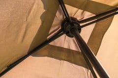 Parte di sotto di un ombrello Immagine Stock