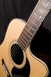 Parte dianteira da guitarra acústica com Foto de Stock Royalty Free