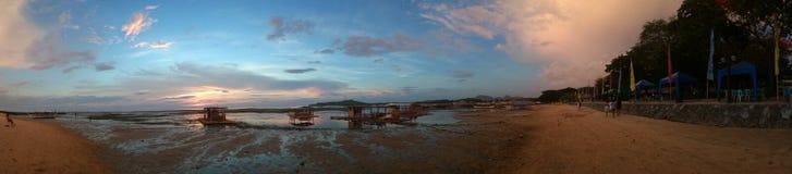 Parte dianteira da praia de Matabungkay Batangas Imagens de Stock