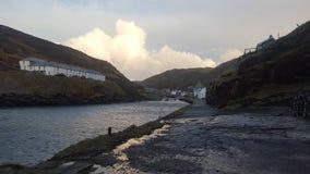 Parte dianteira de mar da vila de Boscastle Imagem de Stock