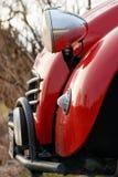 Parte dianteira de um Citroen vermelho 2CV Fotos de Stock Royalty Free