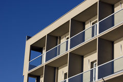 Parte dianteira de um edifício Imagem de Stock Royalty Free