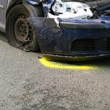 Parte dianteira do carro causado um crash fotografia de stock royalty free