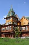 Parte do palácio real no estilo velho do russo Imagens de Stock Royalty Free