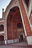 Parte do túmulo do Humayun antigo em Deli imagens de stock