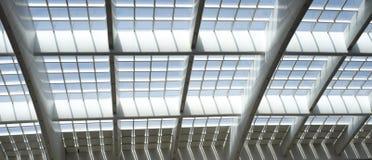 Parte do teto da arquitetura da estação de comboio Foto de Stock Royalty Free