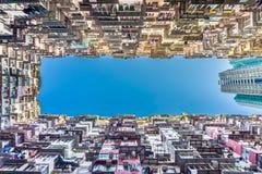Parte inferior acima da vista da construção gorda de Yick Fotografia de Stock Royalty Free