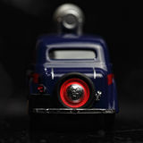 Parte posterior azul del coche de la vendimia Fotos de archivo libres de regalías