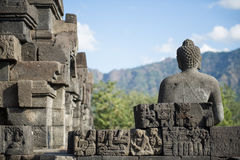 Parte posterior de Buddhas, Borobudur Fotos de archivo