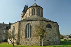 Parte posterior de Thre de la abadía en el l'Abbaye de Lonlay Fotografía de archivo