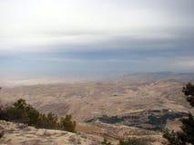 Parte settentrionale della Giordania Montagna Nebo di Mosè Panorama dalla vista dell's-occhio del ` dell'uccello immagini stock