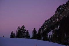Parte superior bávara da montanha dos cumes no inverno fotografia de stock royalty free
