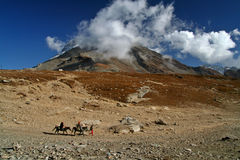 Parte superior da montanha de Himalaya foto de stock royalty free
