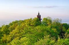 A parte superior da montanha de Sleza, Polônia Fotos de Stock