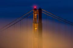 Parte superior da ponte de porta dourada Foto de Stock Royalty Free