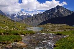 Parte superior de Cáucaso das montanhas Foto de Stock Royalty Free