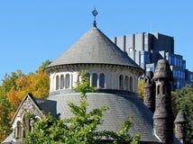 Parte superior 2015 de la casa del capítulo del cercado de la universidad de Toronto Imágenes de archivo libres de regalías