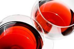 Parte superior de uma vista de dois vidros de vinho tinto Imagens de Stock Royalty Free