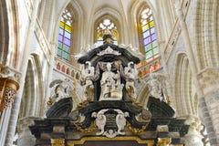 Parte superior do altar na igreja da São Nicolau Fotos de Stock Royalty Free