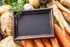 Parte superior do quadro vazio da vista em legumes frescos foto de stock