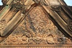 Parte superior 2 do telhado do templo de Banteay Srei Foto de Stock