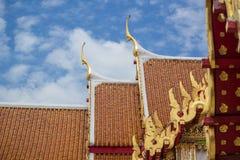 Parte superior do templo do frontão Imagens de Stock