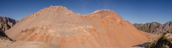 A parte superior do vulcão no patagonia, o Chile de Chaiten Carretera Austral fotografia de stock