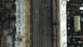 Parte superior a?rea abaixo do tiro de Kutuzovsky Prospekt, uma avenida principal em Moscou R?ssia vídeos de arquivo