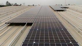 Parte superior solar do telhado Imagens de Stock Royalty Free