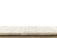 Parte superior vazia da tabela ou do contador de madeira isolada no backgroun branco Imagem de Stock Royalty Free