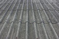 Parte superior velha do telhado Fotografia de Stock Royalty Free