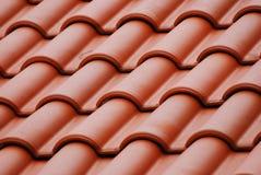 Parte superior vermelha do telhado Imagem de Stock Royalty Free