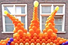 Parte superiore dagli aerostati arancioni Fotografie Stock Libere da Diritti