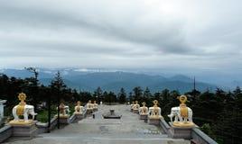 Parte superiore del Mt. Emei Fotografia Stock